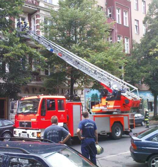 Hier beim Lösch- und nicht beim Bieneneinsatz: Die Berliner Feuerwehr (Quelle: Wikipedia)