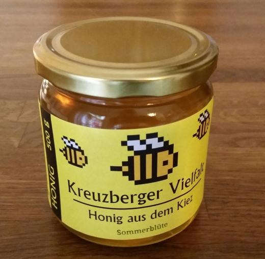 """Mein Honig """"Kreuzberger Vielfalt"""", hier die Sommerblütenmischung."""